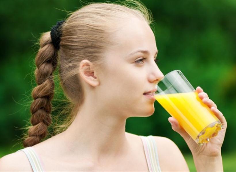 Minuman yang Bisa Bikin Kulit Anti Jerawatan