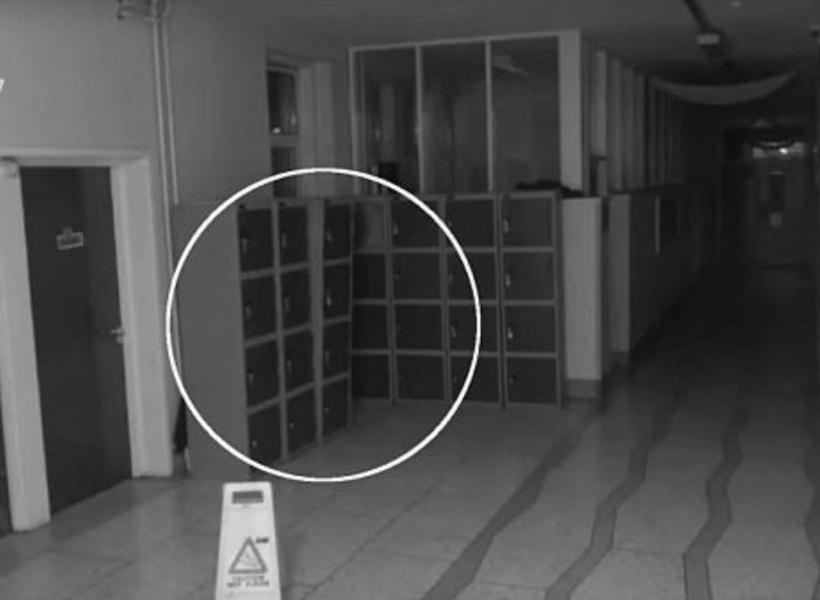CCTV Rekam Benda Bergerak Sendiri di Sekolah