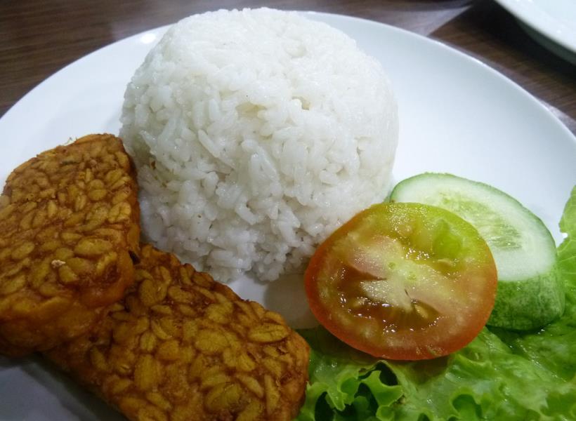 Makan Tempe Campur Nasi Sangat Dianjurkan