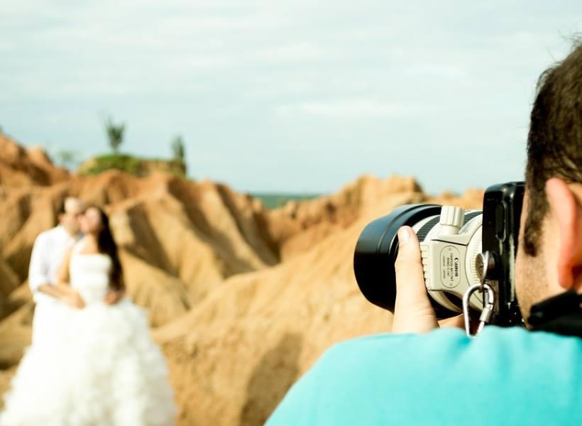 Rahasia Jadi Fotografer Pernikahan yang Handal