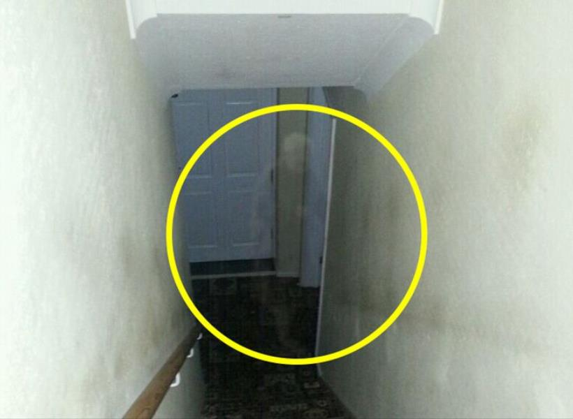 Hantu Pengganggu Rumah Tertangkap Kamera?