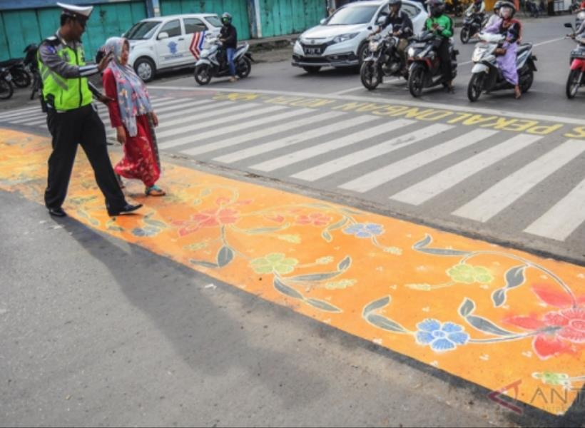 Zebra Cross Bercorak Batik