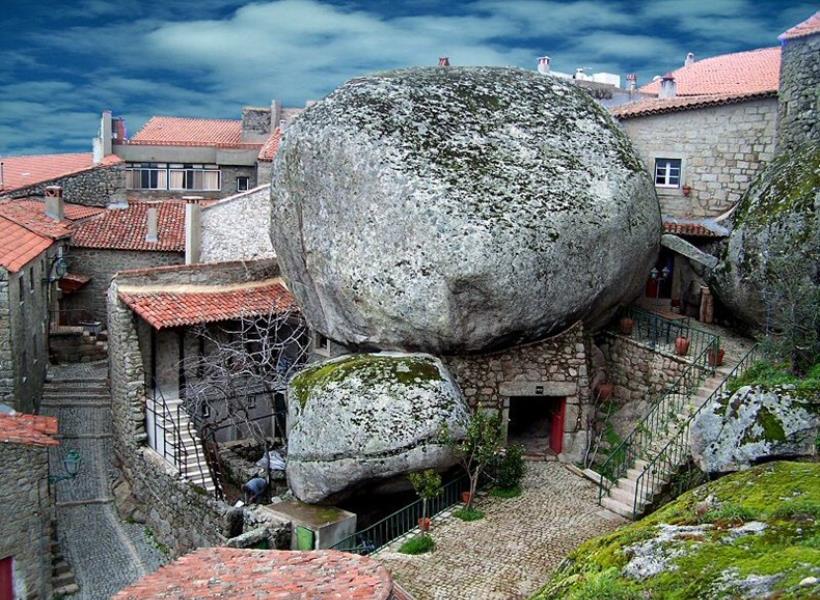 Desa Paling Mengerikan di Portugal