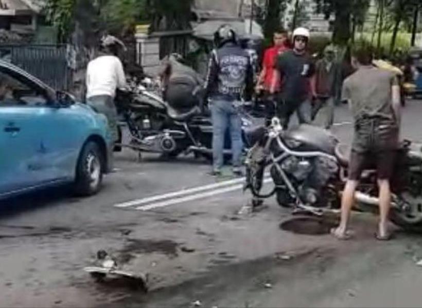 Kecelakaan Harley Davidson vs Mazda CX 5 Jadi Viral