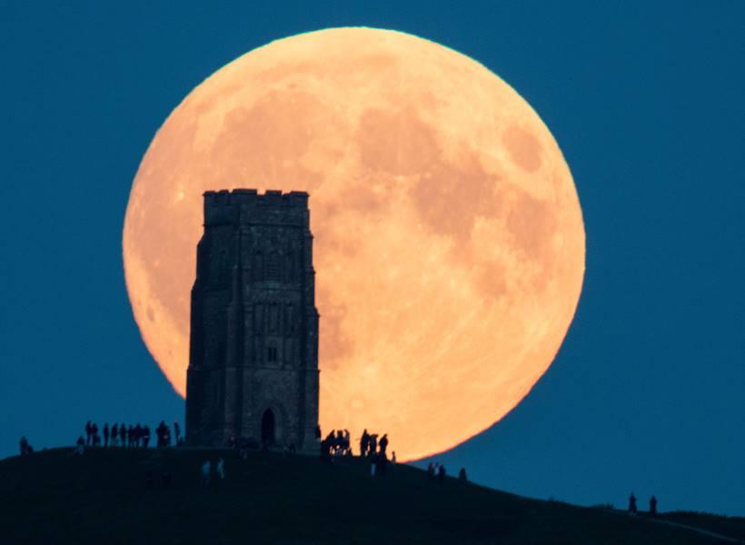 Mitos Seputar Super Moon