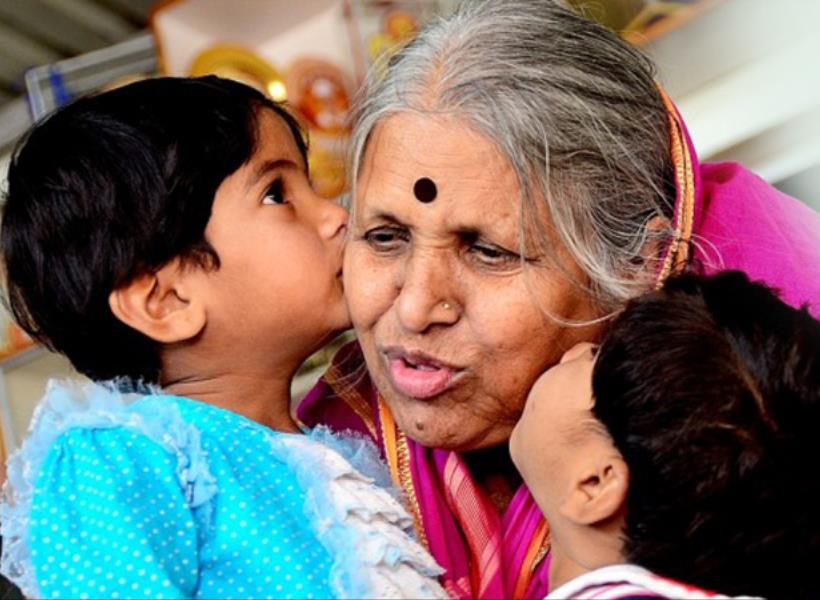 Pengemis India Rawat 1.400 Anak Telantar
