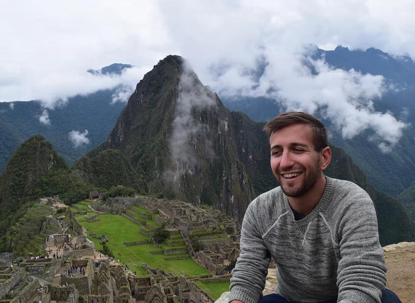 Tips dari Pemuda yang Sudah Traveling ke Berbagai Penjuru Dunia