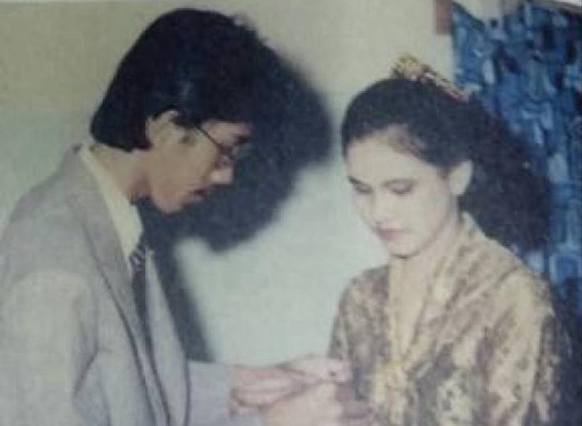 Ternyata Begini Awal Kisah Cinta Presiden Jokowi & Ibu Iriana