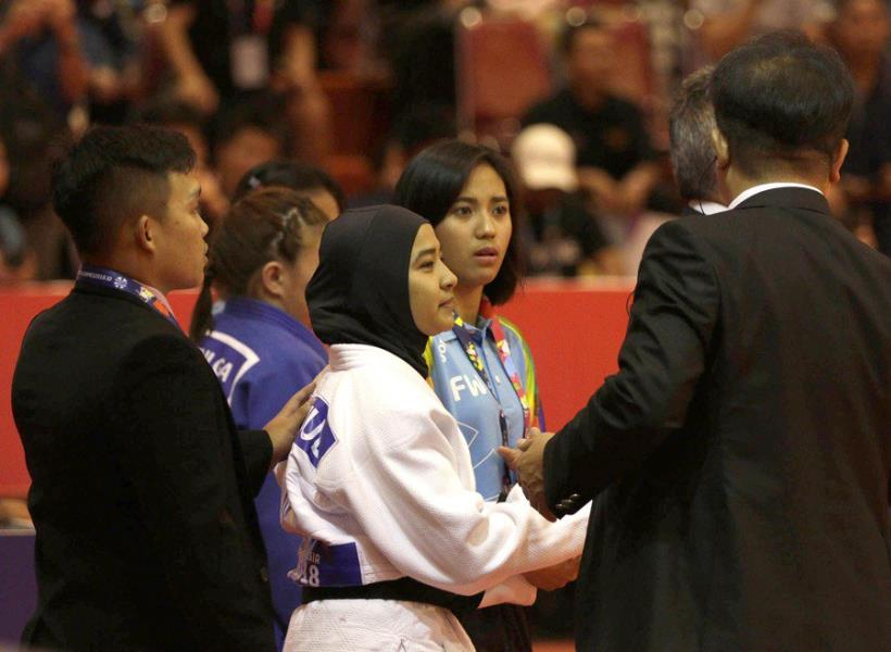 Tolak Lepas Jilbab Saat Bertanding, Atlet Blind Judo Mundur