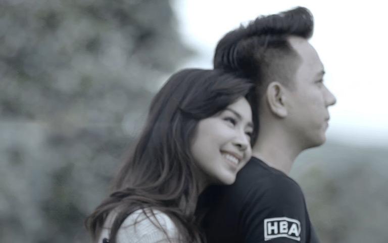 Salah Apa Aku (Official Music Video)