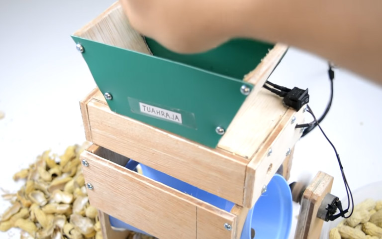 Cara Membuat Pengupas Kacang Sederhana