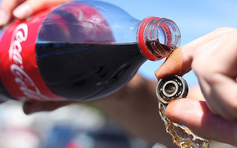 Beberapa Manfaat Tersembunyi Coca Cola