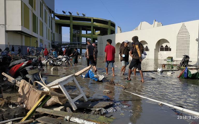 Detik-detik Tsunami Palu dari  Atas PGM Mall